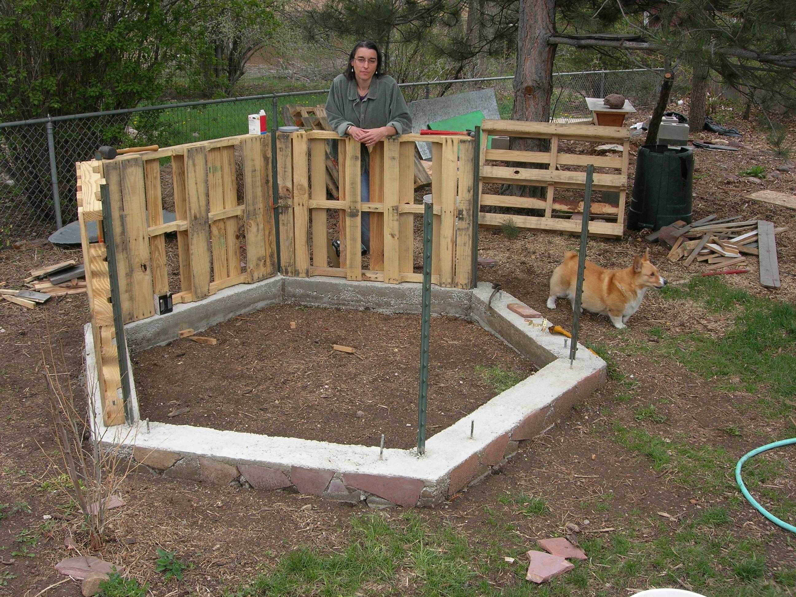 Fikl get chicken pen designs australia for Building a hen house